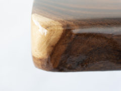 Suarhouten-boomstamtafel-Epoxy-Stalen-onderstel-Pim