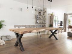 Suarhouten boomstamtafel - Stalen onderstel - X